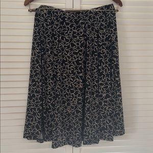 Like new LLR star pattern Madison skirt